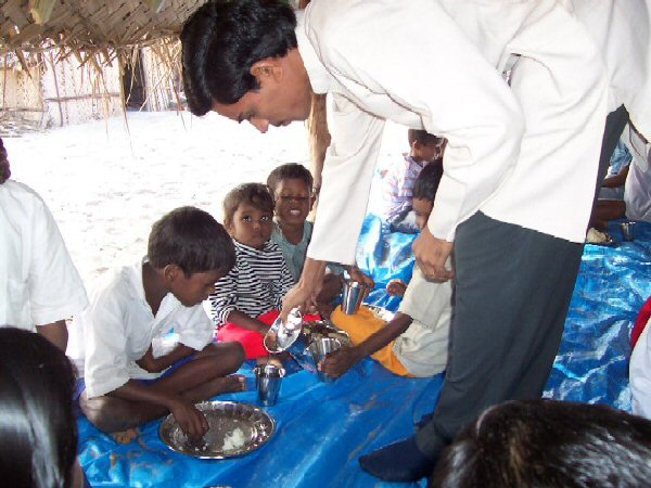india.hearts. Mohan Rao - tsunami relief