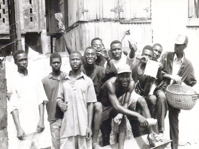 sierra.leone.freetown. Boys group helping with city clean-up 1993