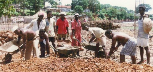 sierrra.leone.kroobay. Work on community centre