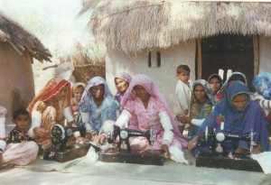 fioh.fund.pakistan.participatory.village.development.programme. Poverty alleviation in the Thar Desert. Vocational training. Sewing